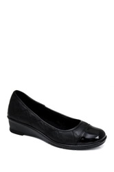Godiva Lizzy Slip On Shoe Black