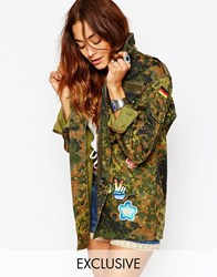 Milk It Vintage Festival Shirt Jacket With 60'S Patches In Close Camo Print Multi
