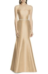 Alfred Sung Women's Strapless Sateen Trumpet Gown Golden
