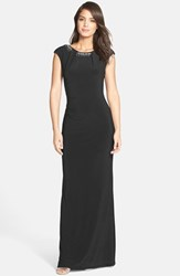 Women's Vince Camuto Beaded Cap Sleeve Gown