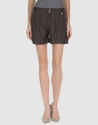 H. Eich Shorts Dark Brown