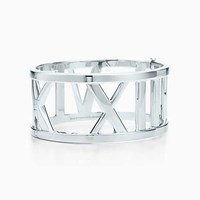 Tiffany And Co. Atlas Wide Bangle In Sterling Silver Medium.