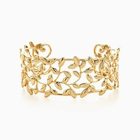 Tiffany And Co. Paloma Picasso Olive Leaf Cuff In 18K Gold Medium. No Gemstone