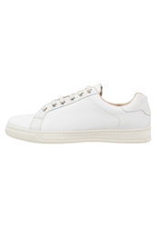 Zign Trainers White