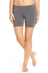 Alo Yoga Burn Short Gray