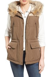 Pendleton Women's Down Vest With Genuine Coyote Fur Trim Toffee