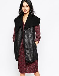 Influence Asymmetric Gilet With Metal Clasp Black