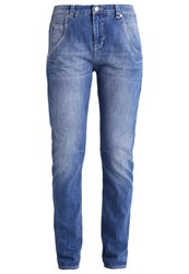 M A C Mac Laxy Relaxed Fit Jeans Mid Blue Washed