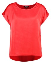 More And More Basic Tshirt Red Currant