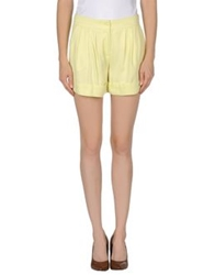 Guess By Marciano Shorts Yellow