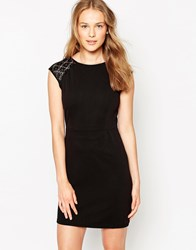 Iska Dress With Lace Sleeve Detail Black