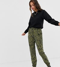 New Look Tall Jogger In Animal Print Green