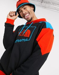 The North Face Extreme Graphic Hoodie In Black