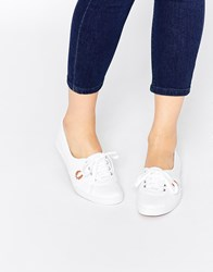 Fred Perry Aubrey Canvas White Plimsoll Trainers White