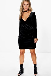 Boohoo Isla Velvet Wrap Dress Black