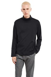 The World Is Your Oyster Small Circle Turtleneck Black