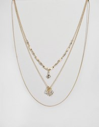 Oasis Flower Cluster Short Multirow Necklace Gold
