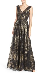 Vera Wang Women's Metallic Fit And Flare Gown