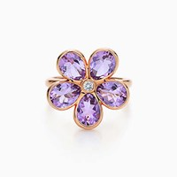Tiffany And Co. Sparklers Flower Ring In 18K Rose Gold With Amethysts A Diamond.