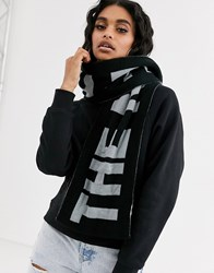 The North Face Logo Scarf In Gray Black