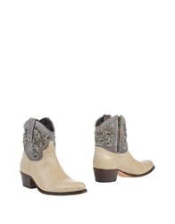 Sendra Ankle Boots Beige