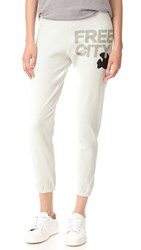 Freecity Sweatpants Magical White Rabbit
