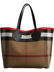 Burberry The Giant Reversible Tote In Canvas Check And Leather Red