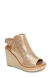 Gentle Souls Women's Jacey Wedge Sandal Gold Leather