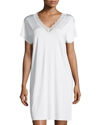 Hanro Capri Lace Trim Short Sleeve Gown Off White
