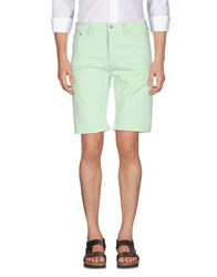 Solid Bermudas Light Green