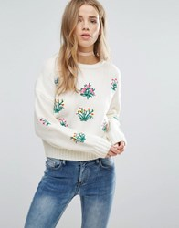 New Look Floral Embroidered Knitted Crop Sweater Cream