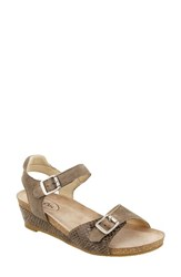 Taos 'S Traveler Wedge Sandal Taupe Reptile Embossed Leather