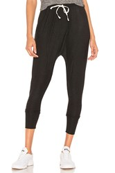 Beyond Yoga Berkley Harem Pants Black