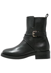 Whistles Clark Boots Black