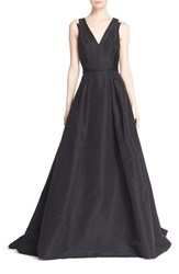 Women's Carolina Herrera V Neck Sleeveless Silk Ballgown