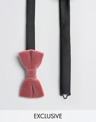 Noose And Monkey Velvet Bow Tie Pink