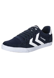 Hummel Slimmer Stadil Low Trainers Dress Blue White Dark Blue