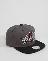 Mitchell And Ness Snapback Cap G3 Logo Cleveland Cavaliers Grey