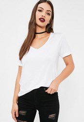 Missguided Petite Boyfriend V Neck T Shirt White