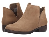 Rocket Dog Tolua Sand Coasting Women's Pull On Boots Brown