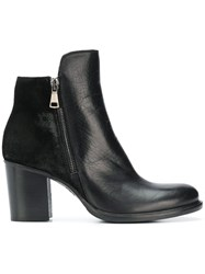 Strategia Side Zipped Ankle Boots Black