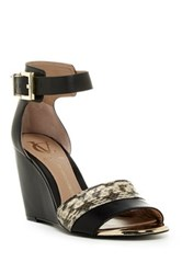 Vc Signature Isaac Ankle Strap Wedge Black