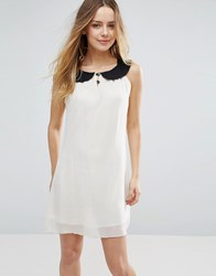 Jasmine Shift Dress With Contrast Collar Cream