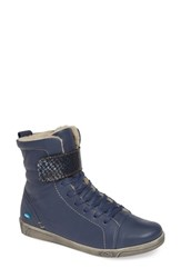 Cloud Amos Wool Lined Bootie Blue Leather