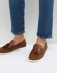 Frank Wright Tassel Boat Shoes In Tan