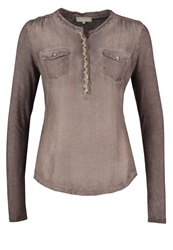 Cream Mindy Long Sleeved Top Stone Brown Taupe
