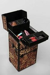 Nyx Makeup Artist Train Case Black