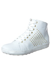 Pier One Hightop Trainers White