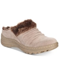 Bare Traps Audrey Cold Weather Mules Women's Shoes Mushroom