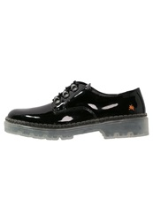 Art Alpine Casual Laceups Black